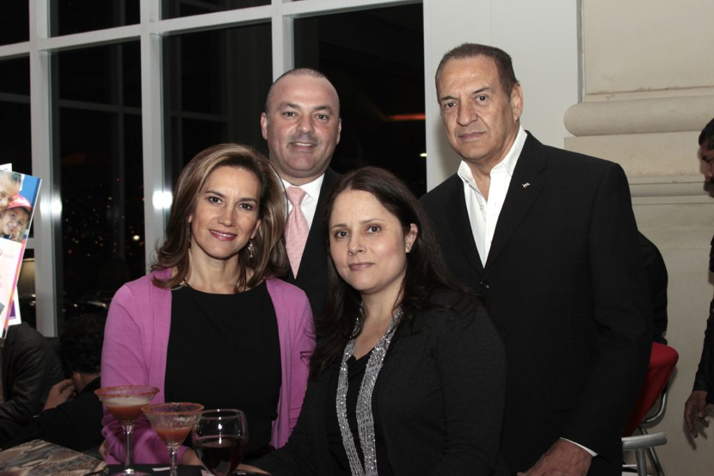 Magali y Francisco Ramirez con Monica Medrano y Miguel Angel Badiola