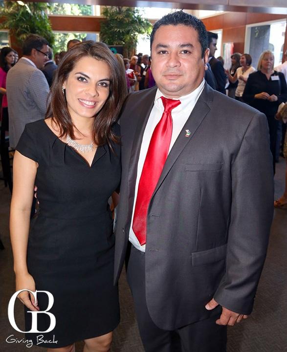 Marcela Cabrera y Luis Espadas