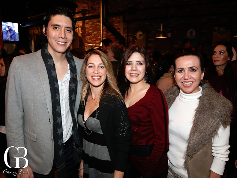 Marcelo Ochoa  Angela Giammatteo  Marisol Ochoa y Dena Petrissians