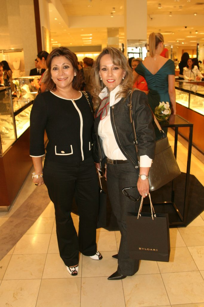Mari Beltran y Martha Macias.JPG