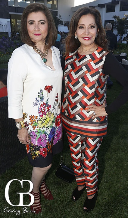 Maria Elena Oropeza y Elisa Jaime