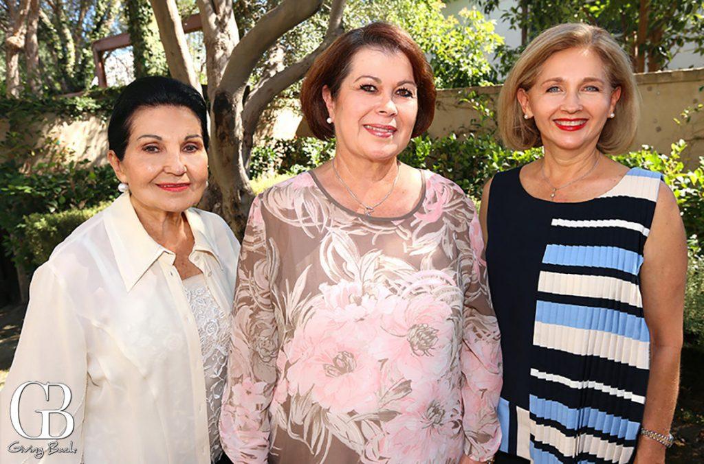 Maria Elvia Amaya  Consuelo Barcena y Alejandra Amaya