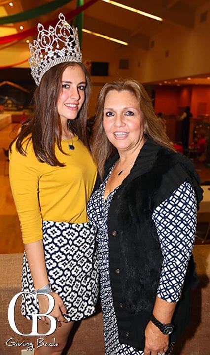 Mariana Anton y Socorro Mercado