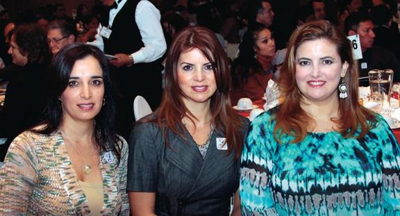 Maribel Haro, Marilu Plascencia y Antoniela Lavat.JPG