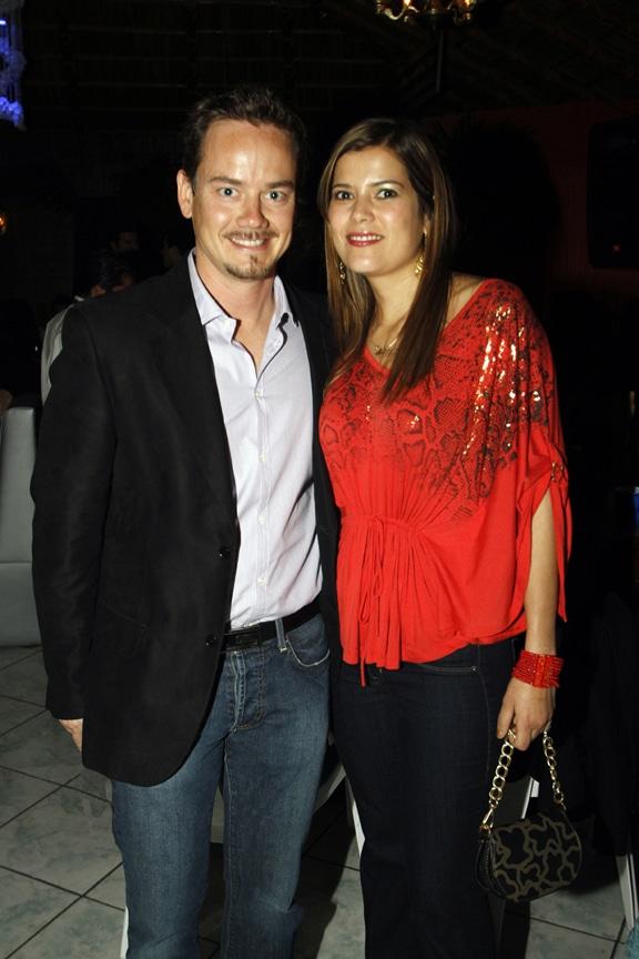 Mario y Blanca Favela