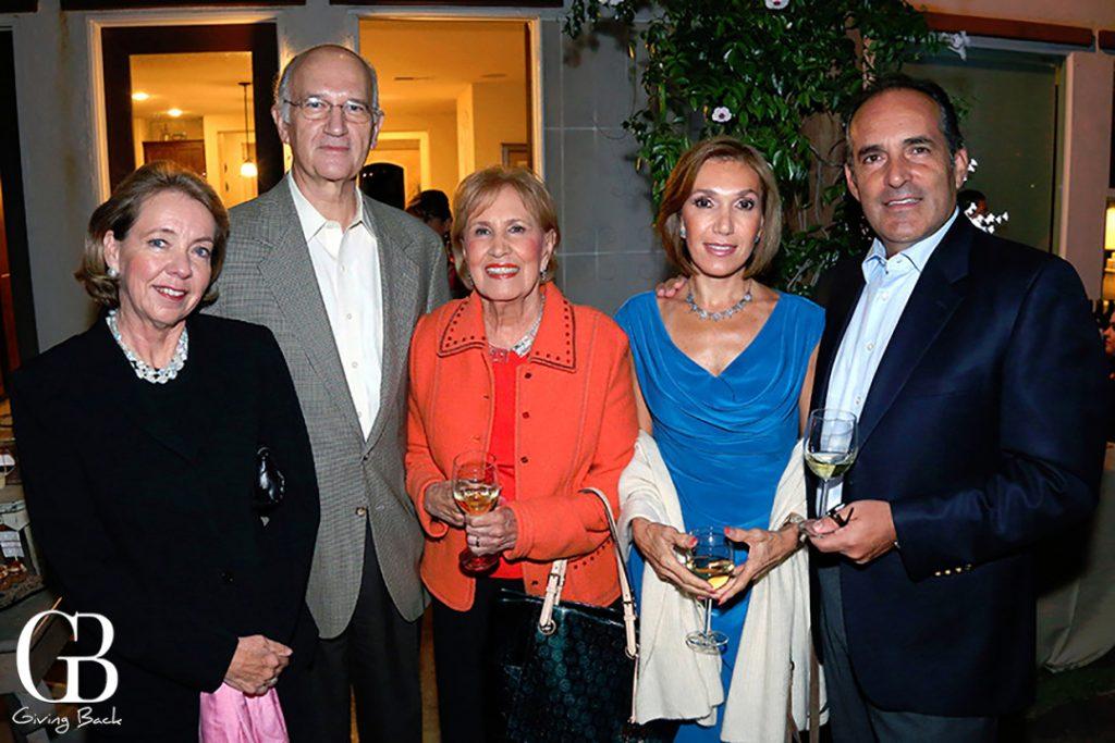 Marlene y Ignacio Hernandez con Tere Uribe  Nenis y Enrique Salcedo