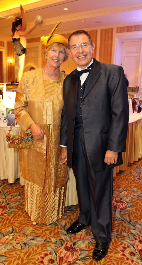 Marsha and Luis Nun~ez.JPG