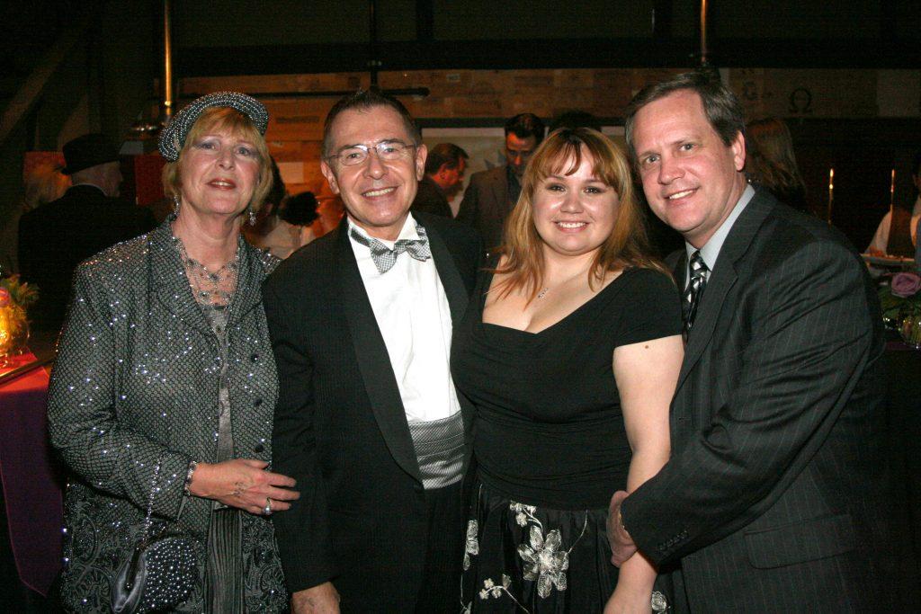 Marsha and Luiz Nunez with Maria Lozano and Mark Crellin.JPG