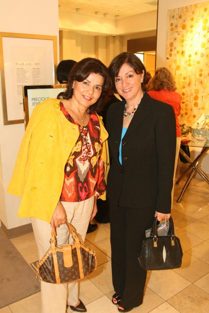 Martha Rodriguez y Minerva Padilla.JPG