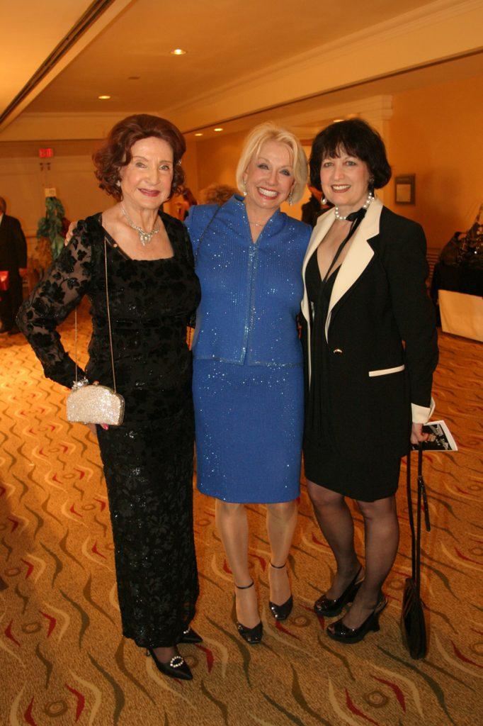 Mary G. Walker, Gun Mabey and Bonnie Wright.JPG
