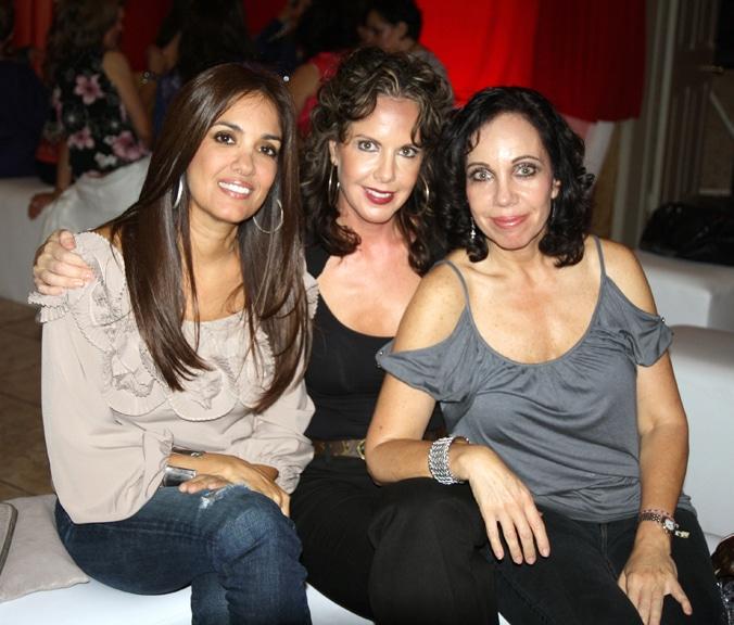 Mayra Calva, Dennise Petrini y Annette Petrini