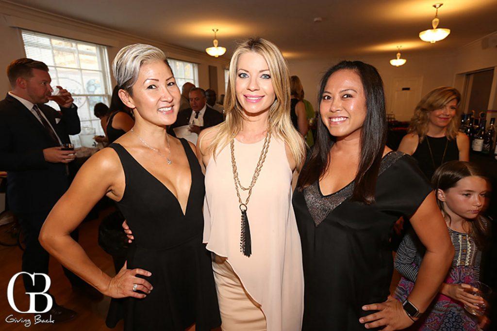 Meeshe Nguyen  Tiffany Allan and Kimberly Nguyen