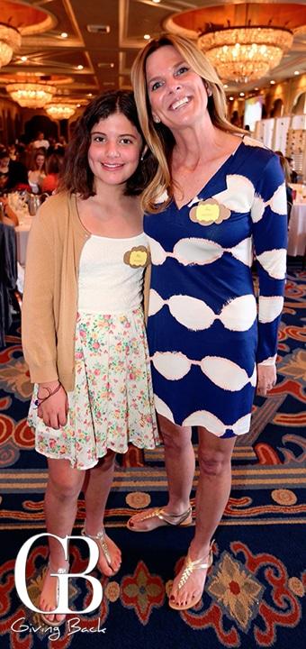 Mia Muzquiz and Amy Muzquiz