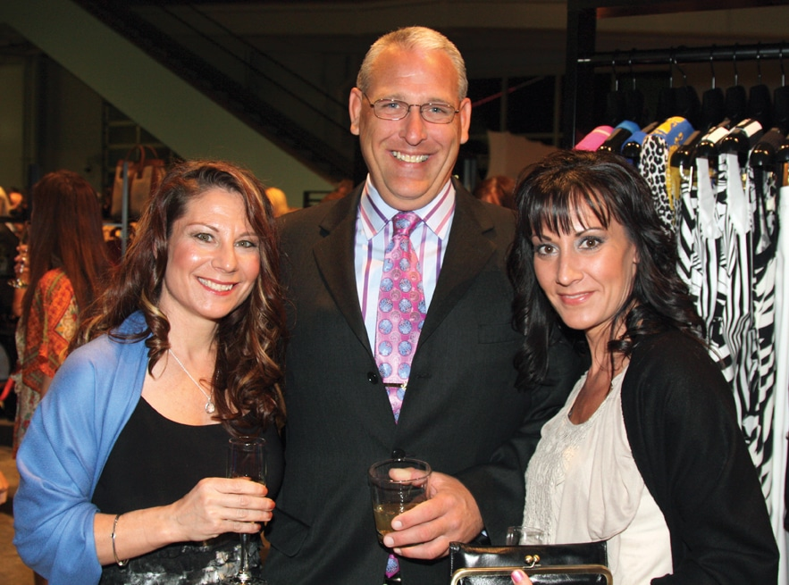 Michelle Domaracki, Patrick Kelly and Rachel Domaracki.JPG