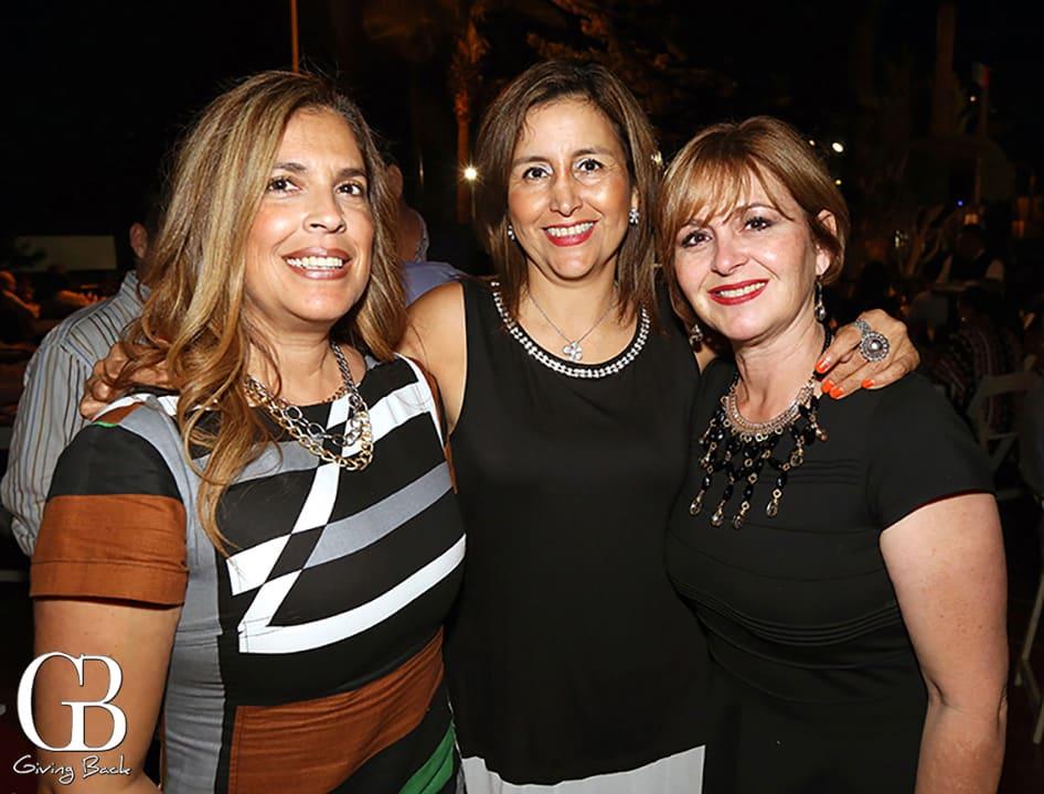 Michelle Herrera  Socorro Lemus y Olga Orso