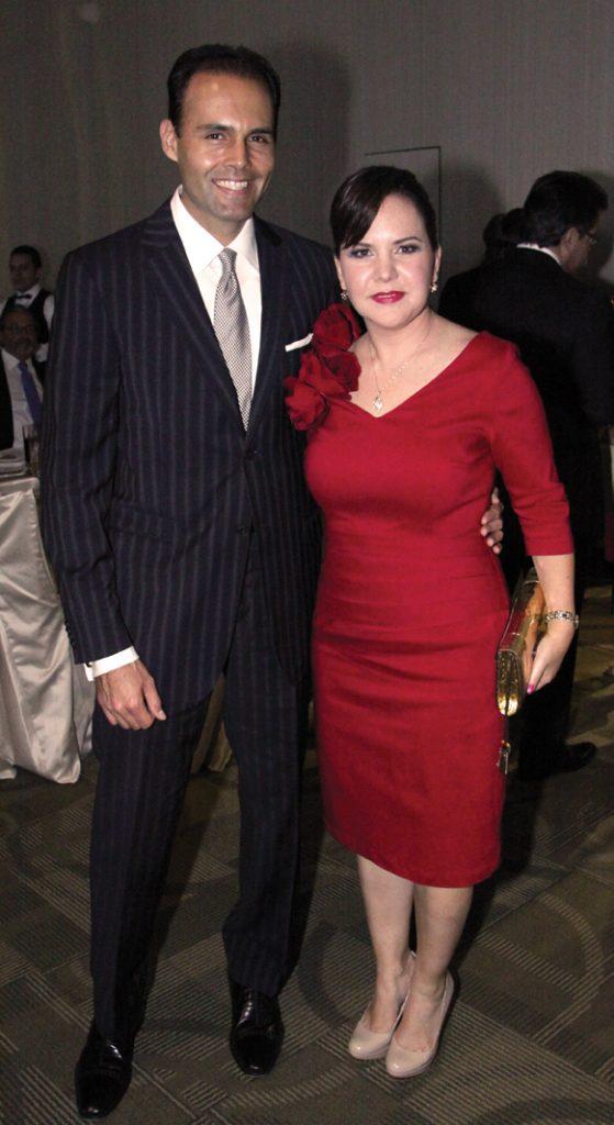 Miguel Angel Garcia y Carolina Bustamante.JPG