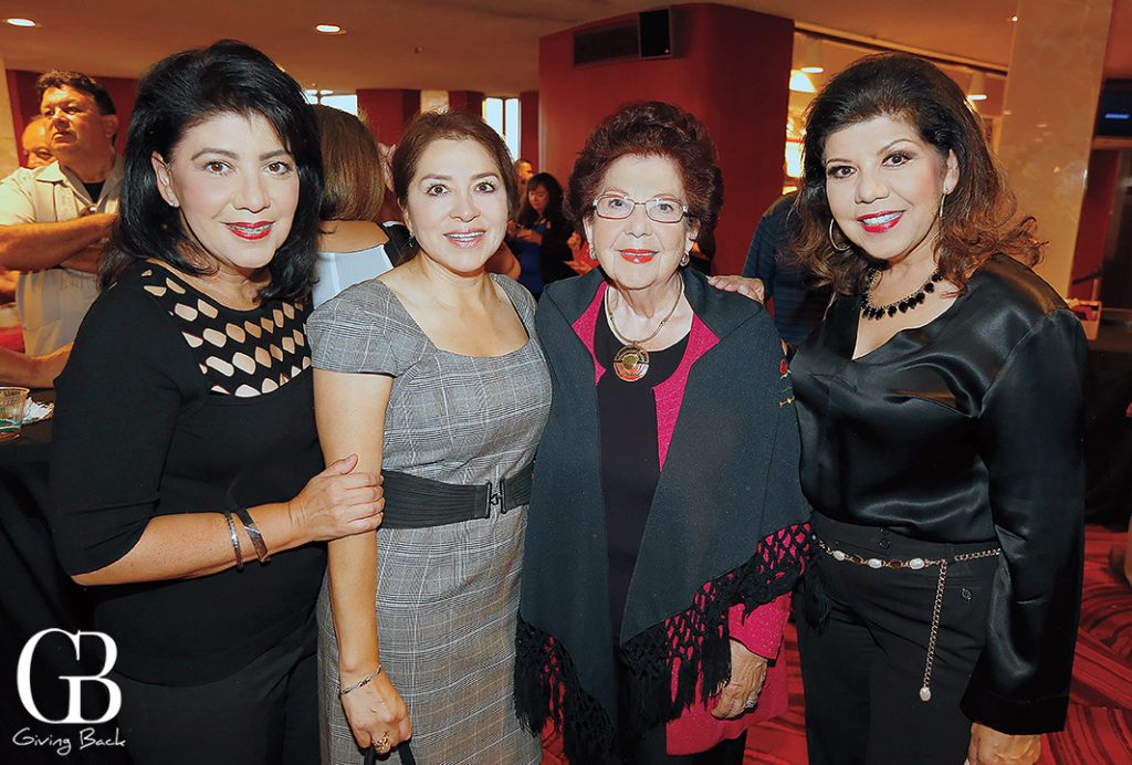 Mirna Rivera  Yolanda Deriquer  Socorrito Zamaro and Berenice Zamaro