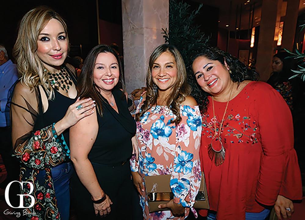 Myrna Contreras  Pilar de la Torre  Lucia Lupercio and Jesica Hlevasko