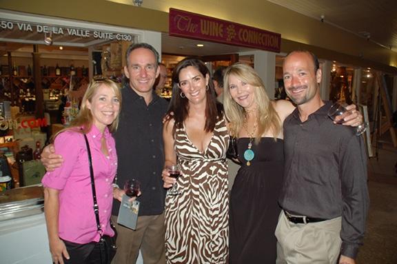 Nichola y Scott Kowalchek con Gabrielle Pool, Kimberly y Don Reckles.JPG