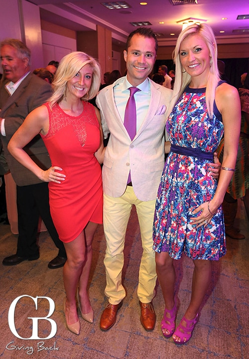 Nicole Maxwell with Wes and Jodie Chapman