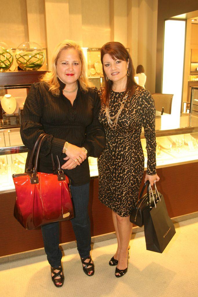 Nihura Montiel y Ofelia Magallon.JPG