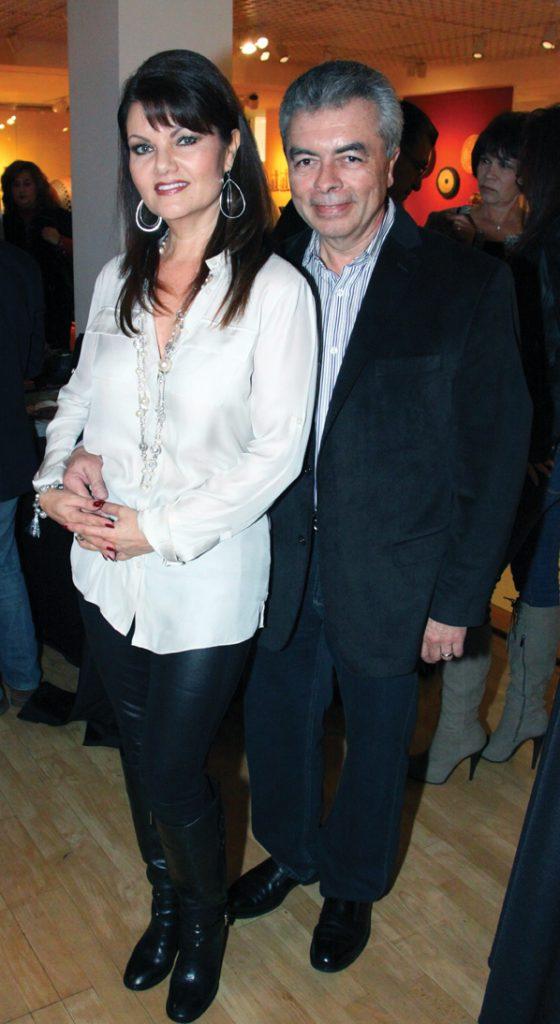 Ofelia y Luis Magallon.JPG