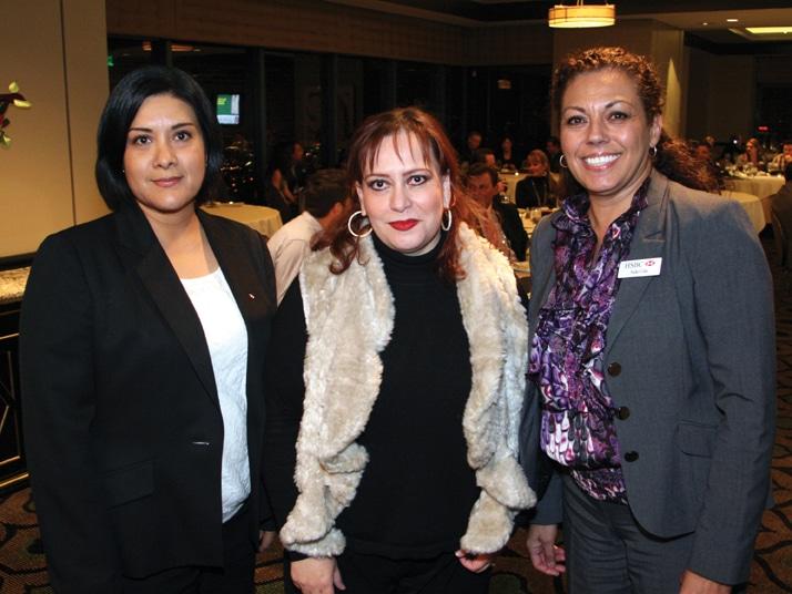 Oli Sierra, Martha Salcedo y Aida Cota.JPG