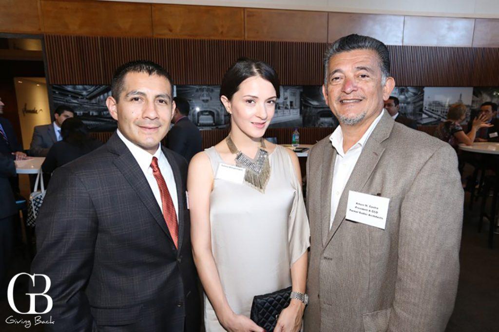 Omar Lopez  Carina Ortega y Arturo Castro