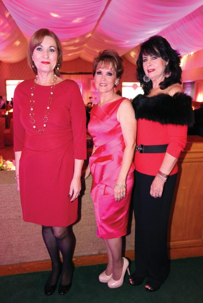 Patricia Ruiz, Lupita Camrena y Gloria Pavlovich.JPG