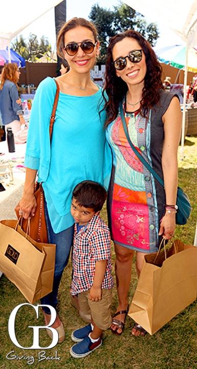 Patricia Guevara y Cristina Sanchez con Alex