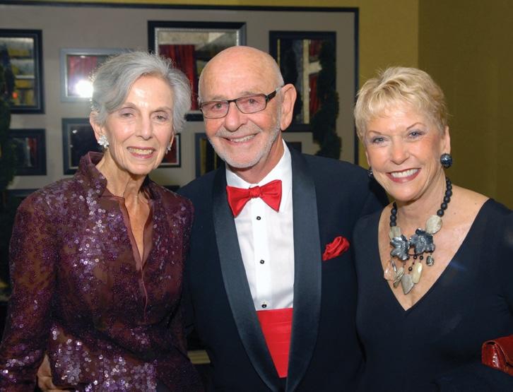 Pauline Foster with Shearn and Linda Platt.JPG
