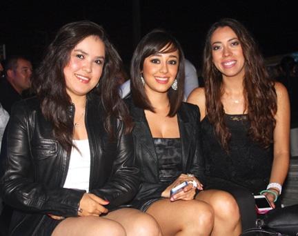 Priscila Velez, Rosana Suarez y Adriana Santos.JPG