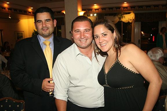 Raúl Salazar with Curro and Sofía Ariza.JPG