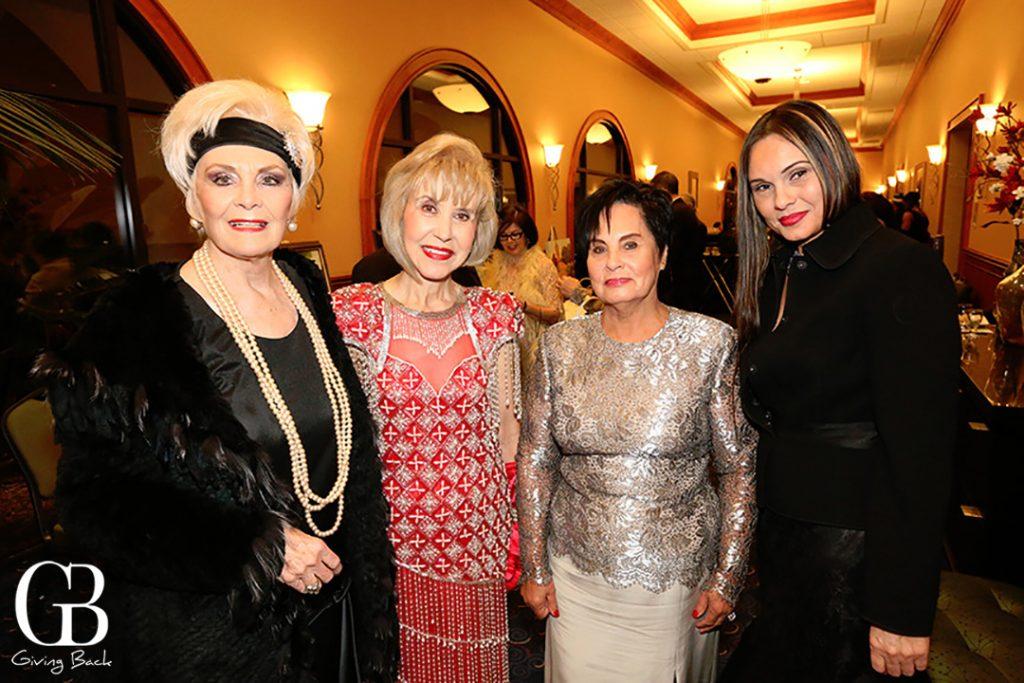 Raquel Rothschuh  Emelia Moreno  Luz Elena Santillanes y Yvonne Sdoboda