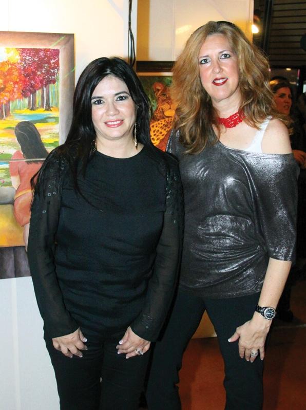 Reina Guitierrez y Karen Mora.JPG