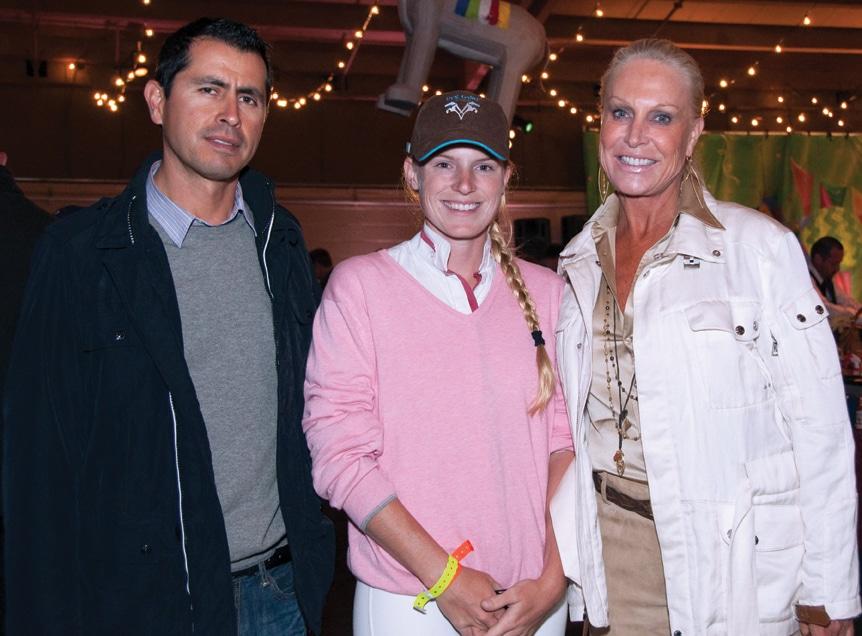 Richard Padilla with Stefanie and Suzanne Saperstein +.JPG