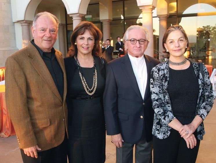 Roberto y Mary Valdez con Javier y Marcela Merino.JPG