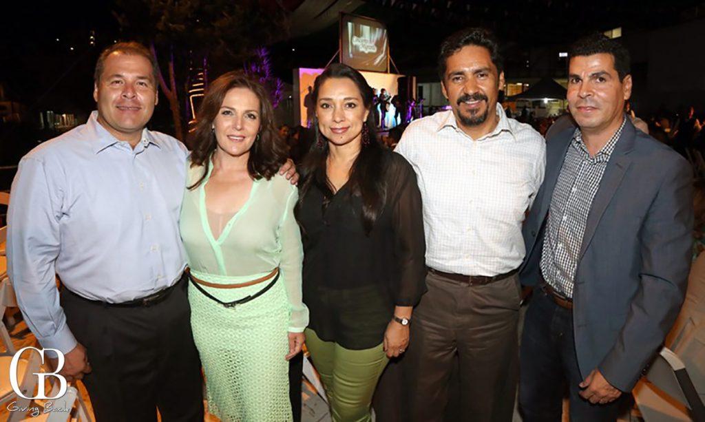 Roberto y Paty Serano  Laura Nunez  Ernesto Salgado y Gabriel Nava