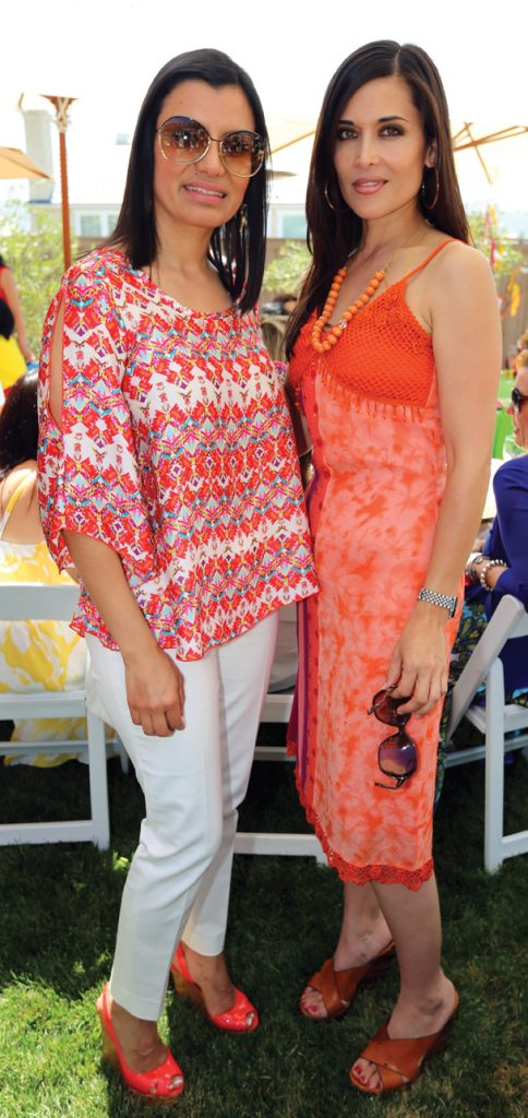 Rosa Gonzalez y Glenda Kyriakides.JPG