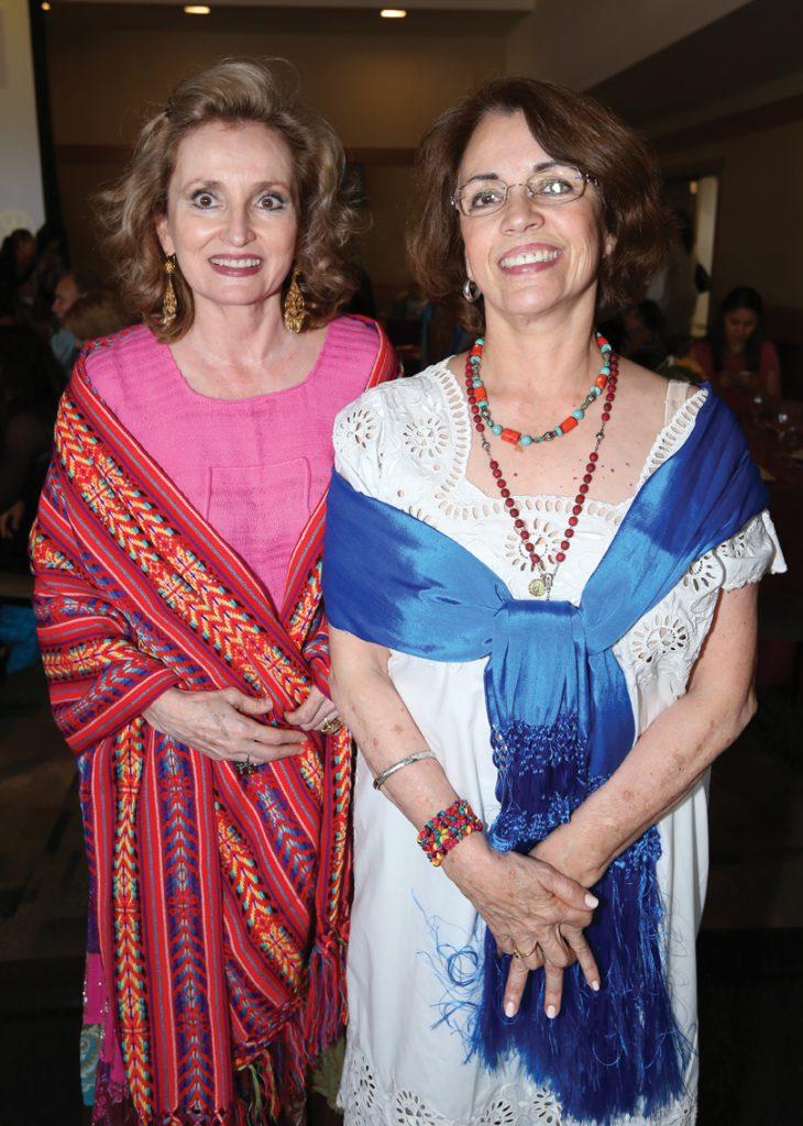 Rosamelia y Lucia Lopez Platt.JPG