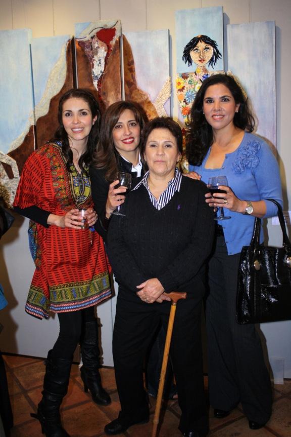 Roxana Diaz, Carmen Navarro, Aida Valencia y Maria Eugenia Navarro