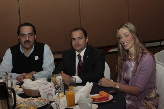 Ruben Carrillo, Mariano San Roman y Veronica Corona.JPG