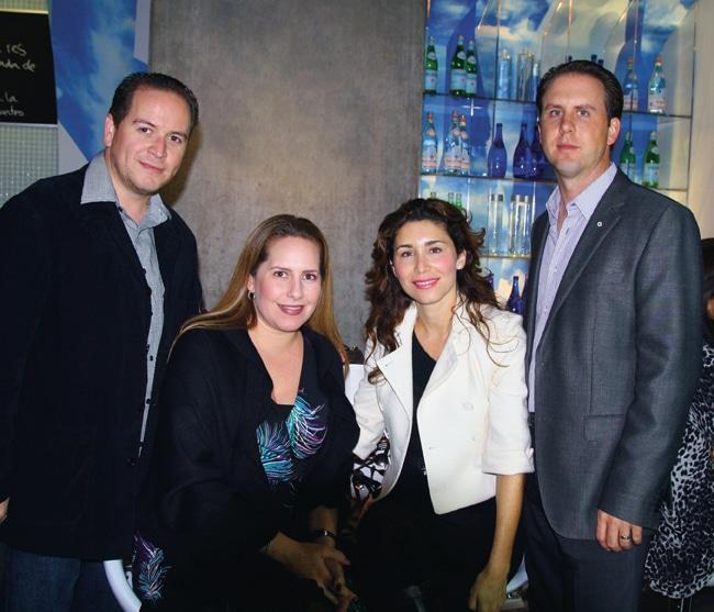 Salvador y Paola Gutierrez con Gloria Elena y Jose Portillo