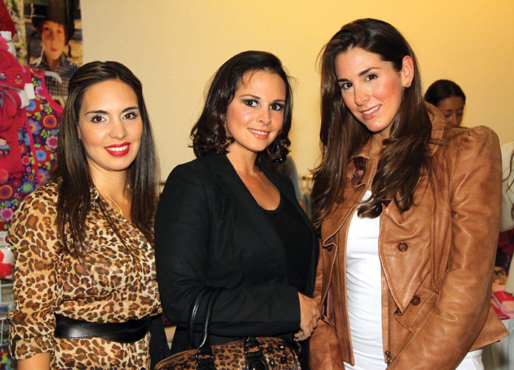 Sara Hauter, Lizette Prado y Romina Liciaga.JPG
