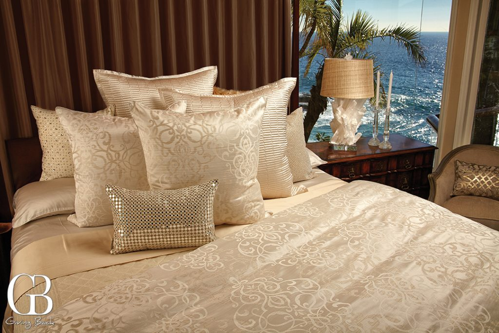 Simply the finest Italian made Egyptian cotton sheets and duvets