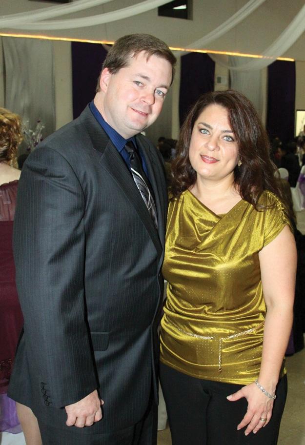 Slade James y Maria Hernandez.JPG