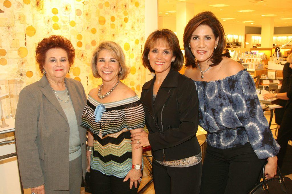 Socorro Fimbres, Dianna Kuri, Lupita Camarena y Mayra Limon.JPG