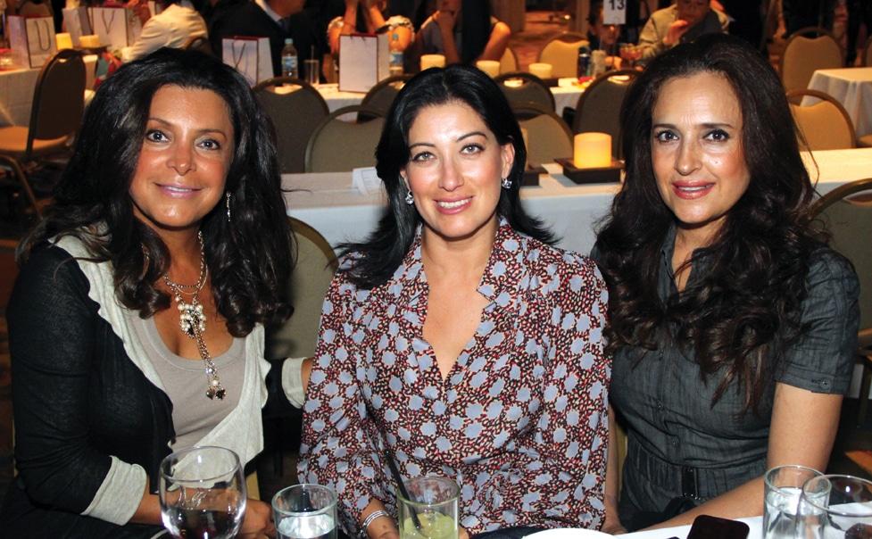 Sonia Miranda, Sandra Aguilar y Xochitl Sayago.JPG