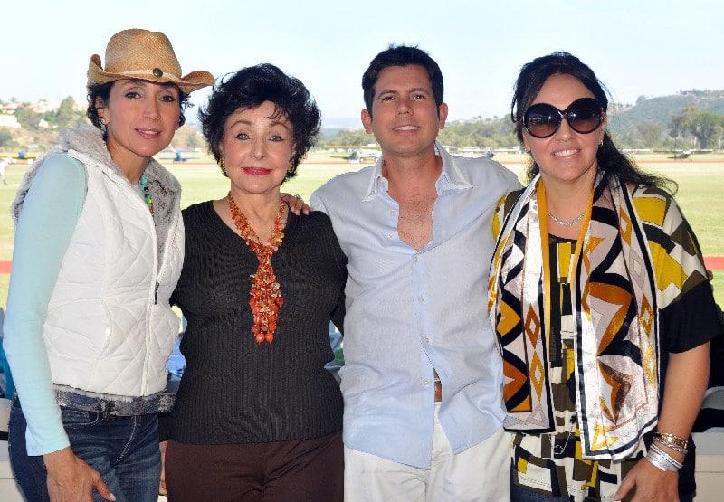 Soraya and Afife Baloyan with Roberto Estudillo and Yuridia Navarro.JPG