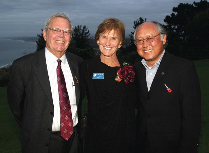 Stewart Fisher, Elizabeth Jones and Gabriel Chong.JPG